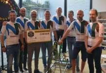 Wielerclub Moernaut Tigers op de fiets voor het goede doel.